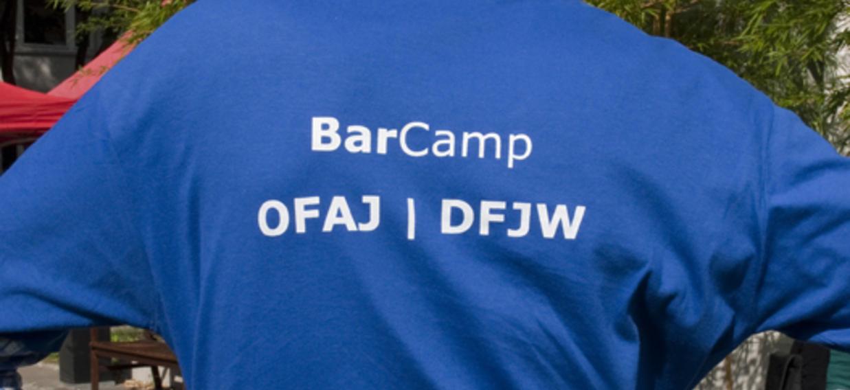 T-Shirt avec le logo du BarCamp